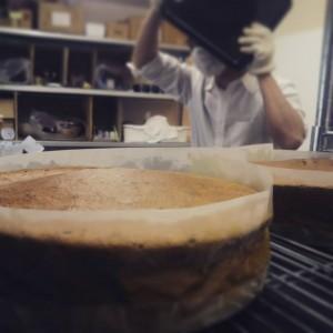 焼き立ての抹茶のガトーショコラは、まんなかふっくらいいにおいー