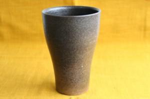 信楽焼明山窯ビアカップ 鳶茶色